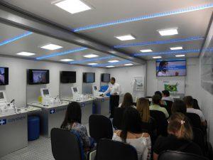 Hospital Beneficente Unimar recebe Caminhão da Saúde UMEC
